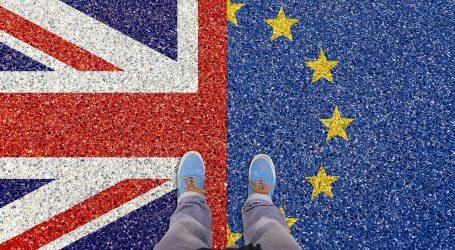 Johnson želi što prije putovanja Britanaca u Francusku i Španjolsku bez ograničenja