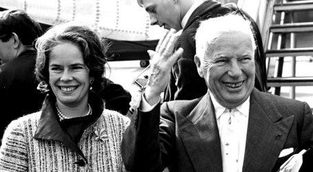 Charlie Chaplin se smirio tek sa četvrtom ženom