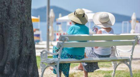 Ulje ili krema za sunčanje u spreju dobri za zaštitu kose