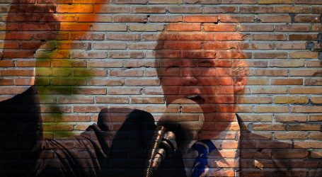 Trump ugrožen nakon što su članovi njegova stožera zaraženi koronavirusom