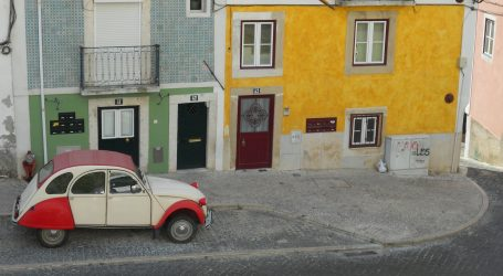 Francuska poziva na nadogradnju oldtimer automobila