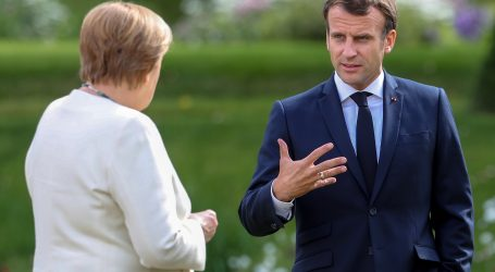 Macron reformira francusku vladu