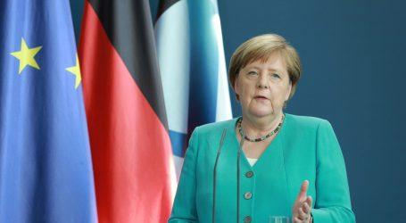 Merkel se zahvalila starijim građanima zbog držanja tijekom pandemije koronavirusa