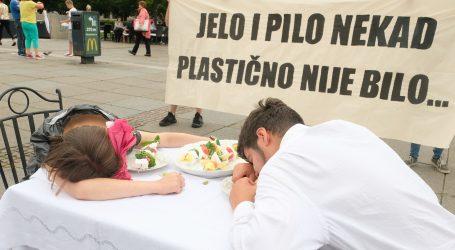 """ZELENA AKCIJA: """"Prestanite koristiti jednokratnu plastiku, jedemo je sve više"""""""