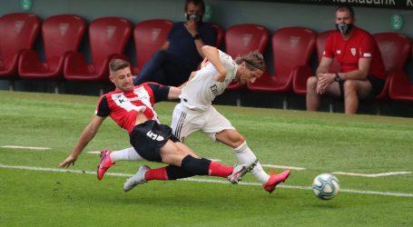 PRIMERA: Minimalnom pobjedom Real Madrid pobjegao Barceloni sedam bodova