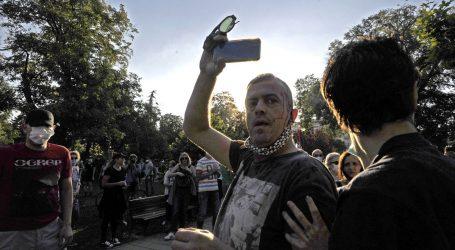 U beogradskim prosvjedima najmanje 36 ozlijeđenih, postupak protiv 25 osoba