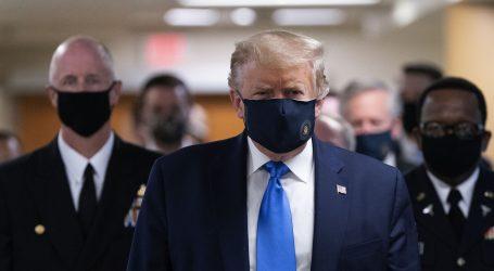 Trump nosio masku, govorio o mogućem cjepivu do kraja godine
