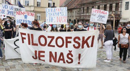 Tomašević i Peović sa studentima i profesorima FF-a nose Vladi peticiju protiv zagrebačkog rektora