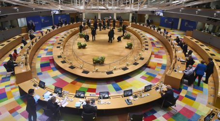 Čelnici EU-a ponovno raspravljaju u manjim skupinama