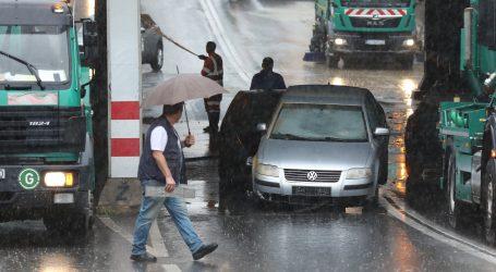 Završio u policiji jer je ispustio vodu želeći spasiti Zagreb