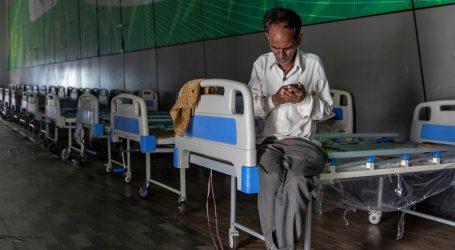 Indija otvorila veliku privremenu bolnicu u New Delhiju