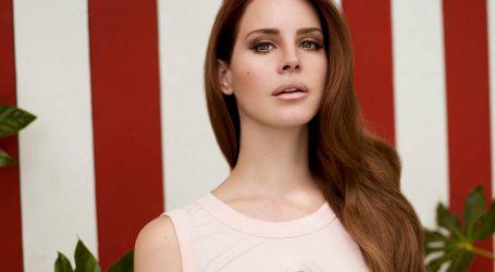 Lana Del Rey objavit će prvu zbirku poezije