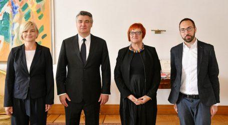 Milanović primio predstavnike zeleno-lijeve koalicije, pogledajte što su mu predali