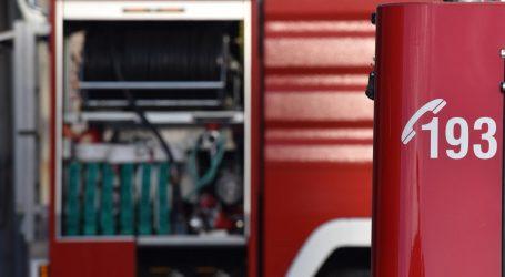 Curi klor u Lozovcu kod Šibenika, zbog opasnosti evakuirani mještani