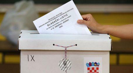 IZBORI: Na Braču ponestalo glasačkih listića, problem brzo riješen