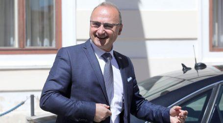 """GRLIĆ RADMAN: """"Želimo red, mir i stabilnost u Srbiji, neka prosvjedi budu mirni"""""""
