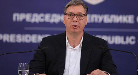 Vučić najavio da će Srbija do kraja godine dobiti cjepivo protiv Covida-19