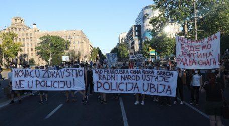 SRBIJA: Prosvjedi nastavljeni petu večer uzastopce, zasad bez izgreda
