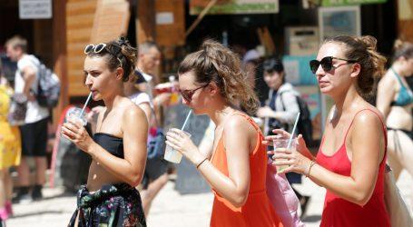DHMZ: Toplinski udar i dalje na snazi, sunčano i jako vruće