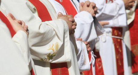 STOŽER SE PREDOMISLIO: Svećenici ipak neće morati popisivati vjernike