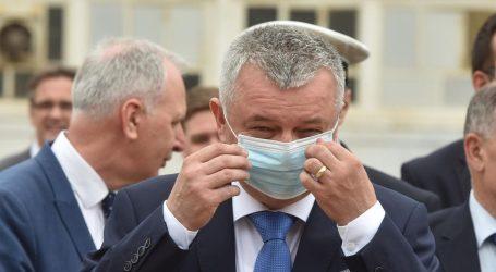 Hrvatska vlada kirurške maskice kupuje isključivo od inozemnih tvrtki, zasad ignorira domaće