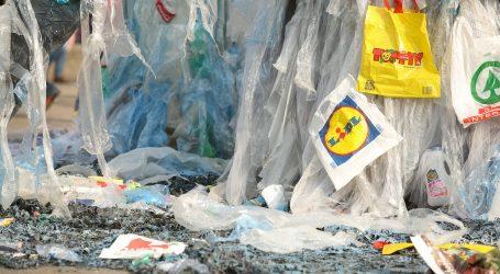 STUDIJA: Onečišćenje oceana plastikom moglo bi se utrostručiti do 2040. godine