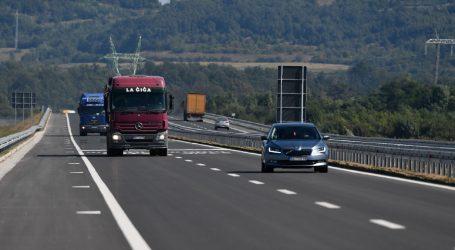 HAK: Prometna nesreća na autocesti kod Novske, otežan promet prema istoku