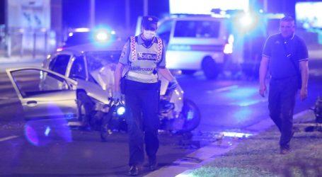 Objavljeni detalji: Pijan sletio s ceste i udario u stup javne rasvjete, poginula putnica