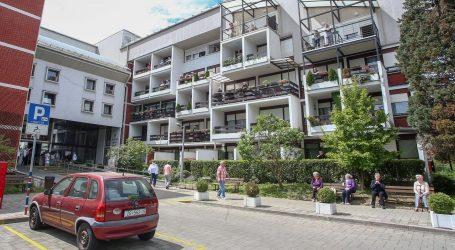 NOVE UPUTE HZJZ-A: Posjeti domovima za starije dopušteni u dvorišnim prostorima