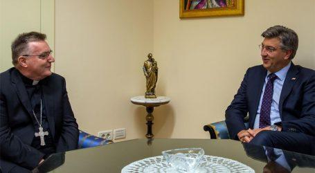 Predsjednik Vlade Plenković susreo se s kardinalom Bozanićem