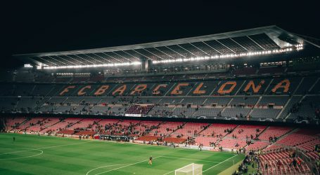 Bartomeu: Setien ostaje na klupi Barcelone