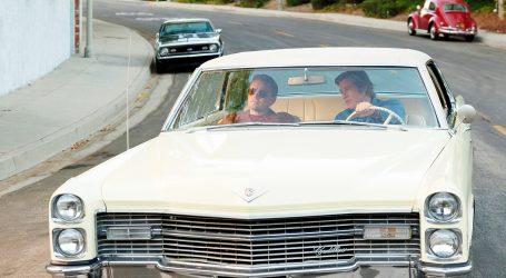 """Na aukciji automobili iz filma """"Bilo jednom u Hollywoodu"""" i kaciga iz """"Top Guna"""""""