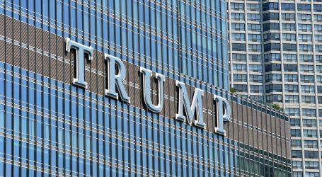 Trump retvitao teorije zavjere o koroni, pa napustio presicu zbog pitanja o tome