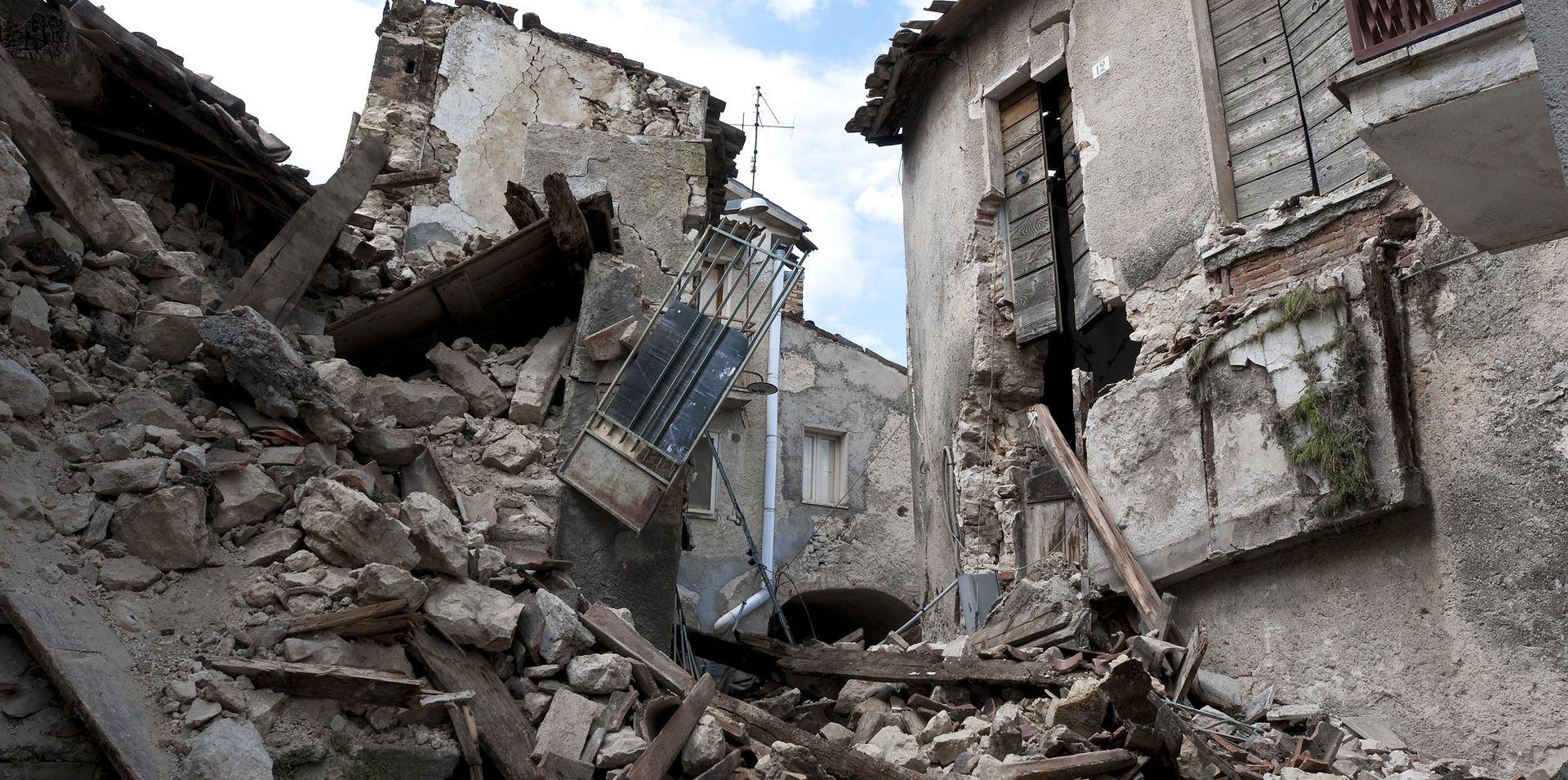 BRITANSKI NAUČNICI NAPRAVILI NOVI MODEL: Uz pomoć matematike mogli bi uskoro bolje predviđati zemljotrese
