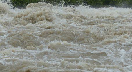 Više od 340 mrtvih u monsunskim poplavama u Aziji