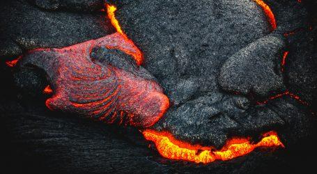 Vulkan Pacaya izbacuje lavu već tri dana