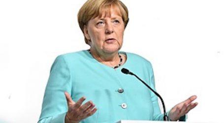 """Merkel: Postignut je """"jako ograničen"""" napredak u pregovorima EU-a i Londona"""