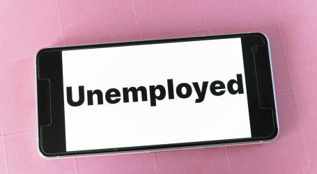 """EK: """"Nezaposlenost mladih poletjela u nebo"""""""