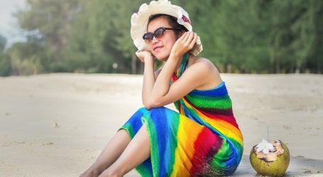 Marama ili pareo prikladni su za razne varijante ljetnog izgleda