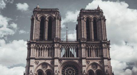 MACRON ODLUČIO: Toranj Notre Damea obnovit će se u izvornom obliku