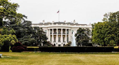 Bijela kuća uklonila portrete Clintona i Busha s vidljivog mjesta