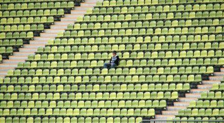 Zbog kršenja mjera o fizičkom distanciranju nakratko prekinuto finale danskog kupa