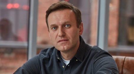Jedan od najglasnijih Putinovih kritičara Navalny u bolnici, njegova glasnogovornica kaže da su ga otrovali