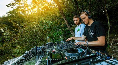 Dva milijuna ljudi gledalo nastup britanske grupe Disclosure na Plitvičkim jezerima