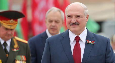 Lukašenkova izborna strategija: suparnike zatvoriti, optužiti Rusiju