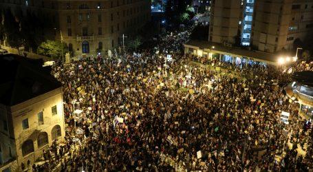 Tisuće Izraelaca prosvjeduje protiv Netanyahuova odgovora na pandemiju