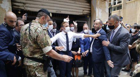 Francuski predsjednik obećao pomoć Libanonu, traži reforme