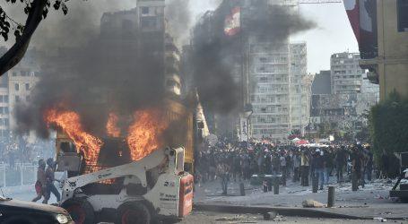 Nastavak nasilnih prosvjeda u Bejrutu zbog eksplozije u luci