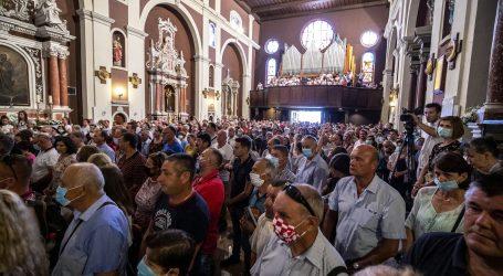 Splitski nadbiskup pred prepunom crkvom zagovarao zaštitu starijih