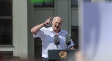 Vladimir Putin je sit Lukašenkova režima